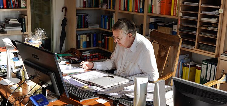 Selbstanzeige bei Steuerhinterziehung von der Kanzlei Bergmann-Weidenbach